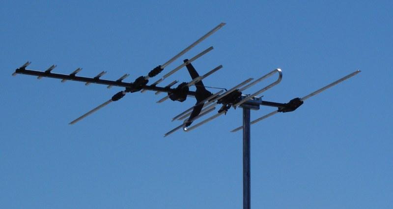 уличная антенна