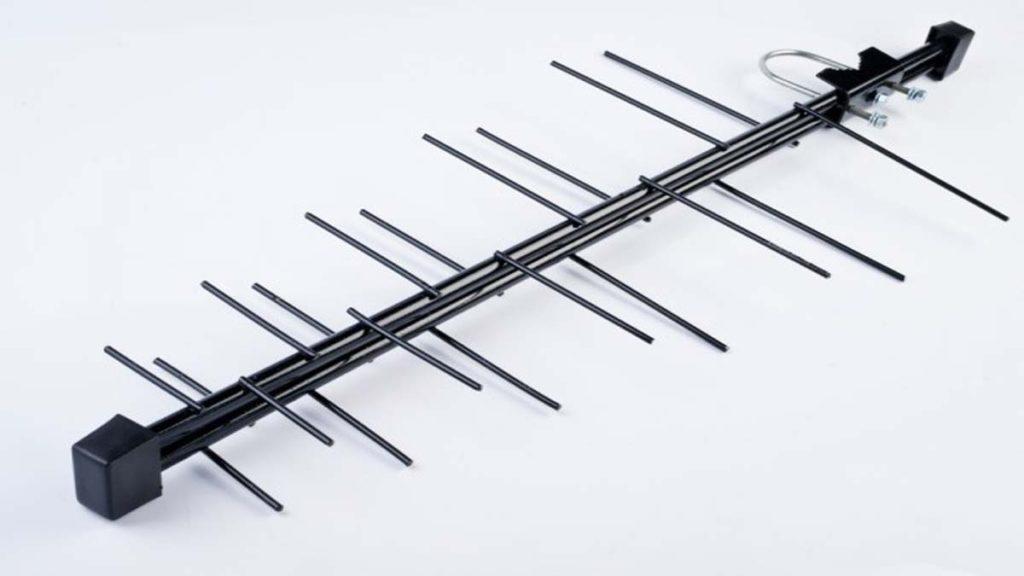 Логопериодическая антенна дециметровая